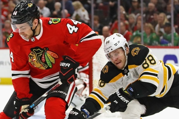Hawks Vs. Bruins